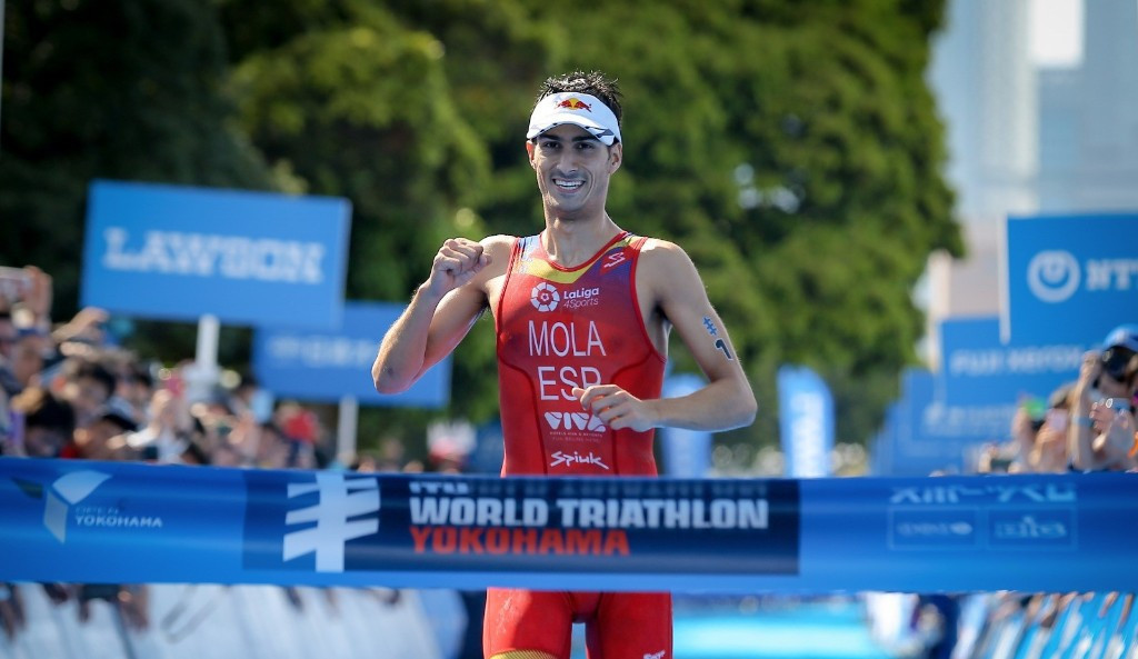 Mola and Duffy run clear to win at Yokohama-leg of World Triathlon Series