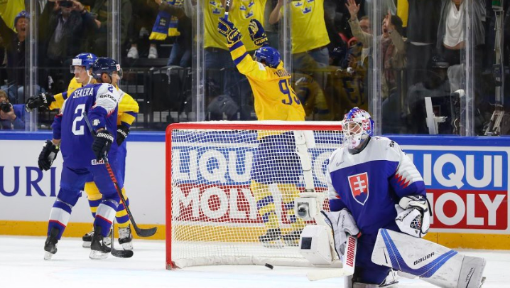 Sweden survive scare to beat Slovakia at IIHF World Championship