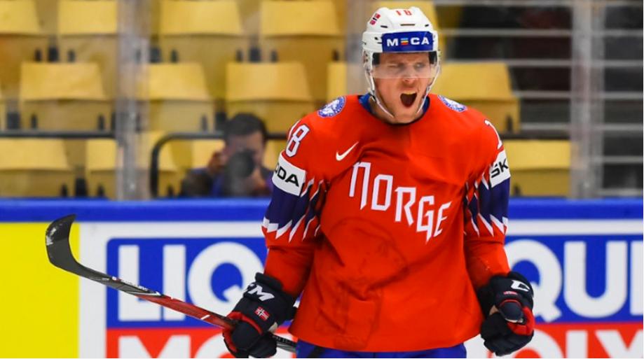 Tobias Lindstrom got his name on the scoresheet as Norway beat South Korea 3-0 in Group B ©Matt Zambonin/HHOF-IIHF Images
