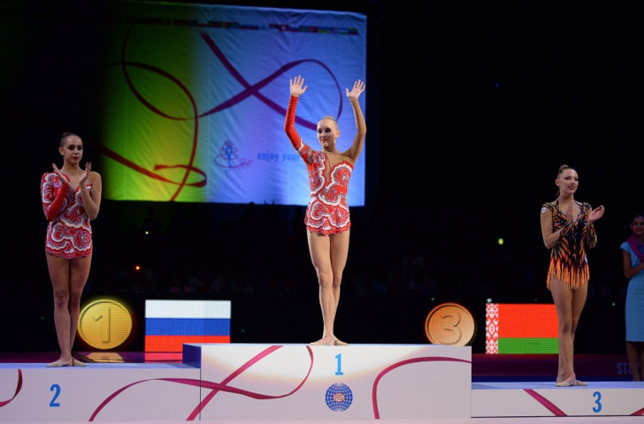 Kudryavtseva claims third consecutive all-around title with gold at 2015 Rhythmic Gymnastics World Championships