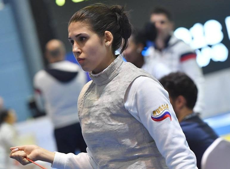 Samsonova to face top seed Deriglazova in all-Russian clash at FIE Foil Grand Prix