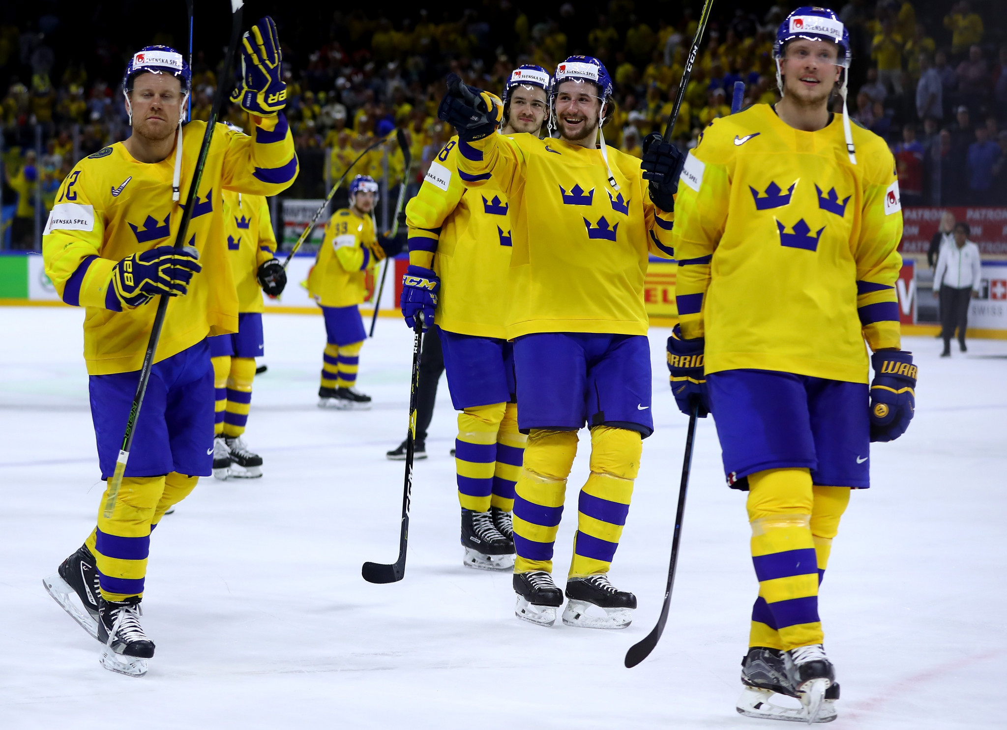 Defending champions Sweden ease past United States to reach IIHF World Championship final