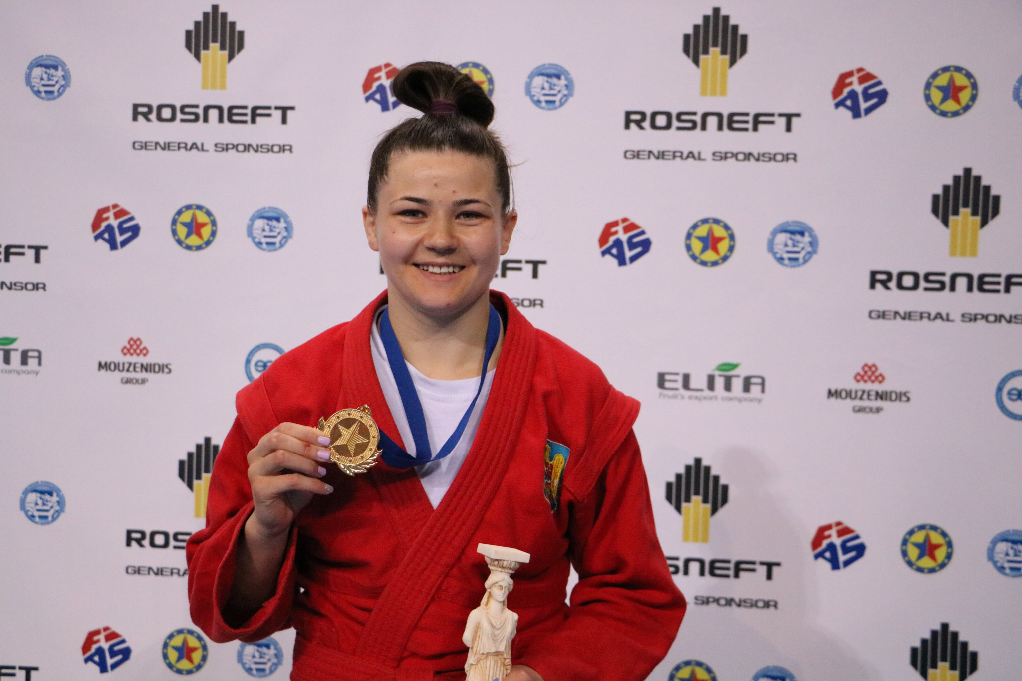 Moldova's Natalia Budeanu was the only athlete to beat a Russian in a final today, defeating Irina Gromova in the women's 68kg division ©FIAS