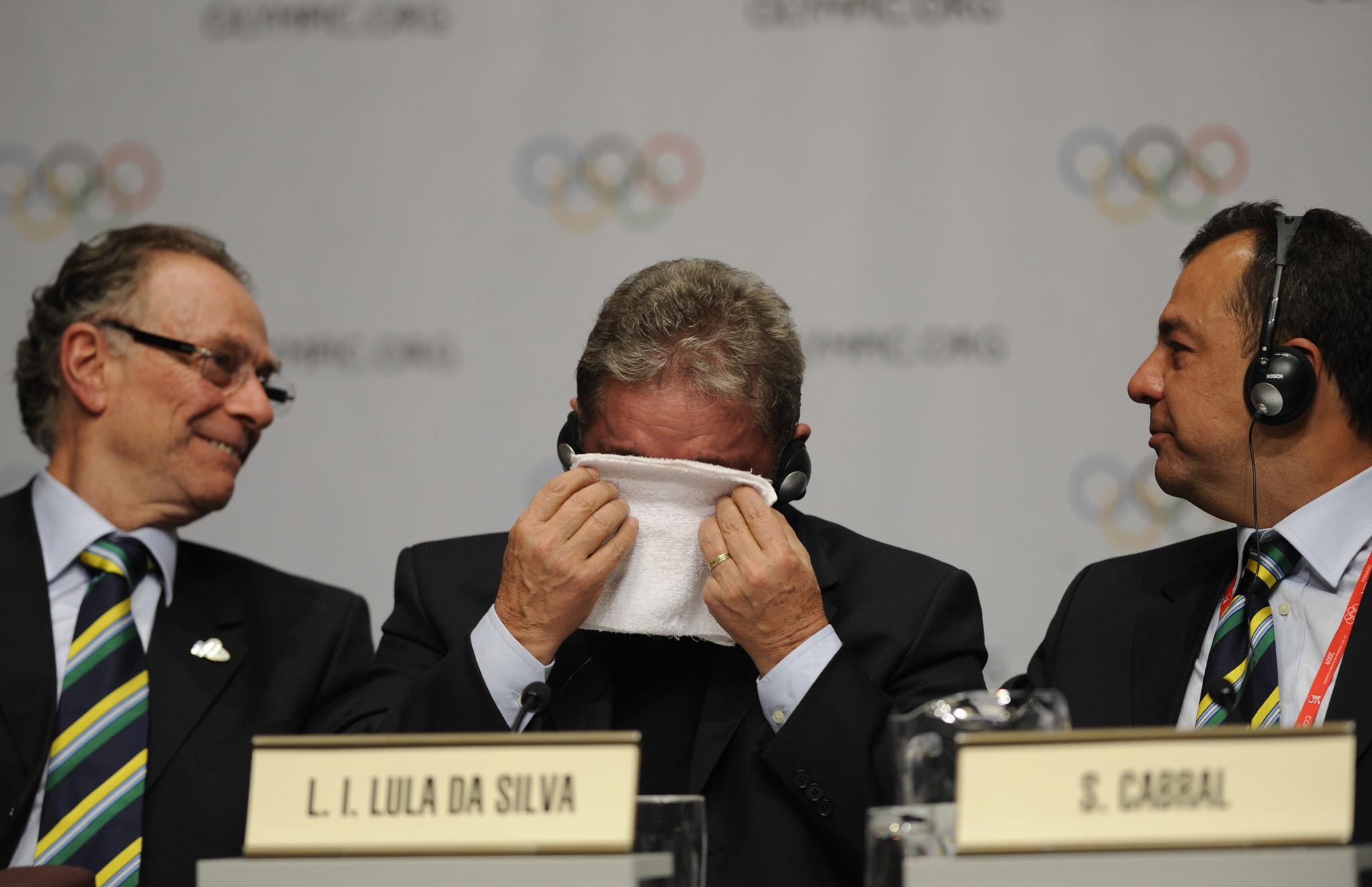 Luiz Inacio Lula da Silva, centre, pictured in between Carlos Nuzman, left, and Sérgio Cabral during the IOC Session in Copenhagen where Rio were awarded the Games ©Getty Images