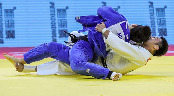 Reigning world champion Soichi Hashimoto was beaten by Korean nemesis An Chang-rim in a thrilling under-73kg gold medal encounter ©IJF