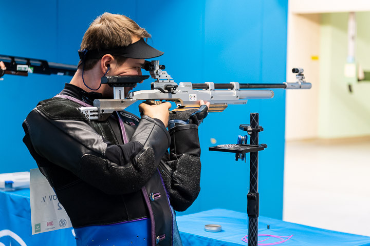 Russia's Vladimir Maslennikov finished a close second to take the silver medal ©ISSF
