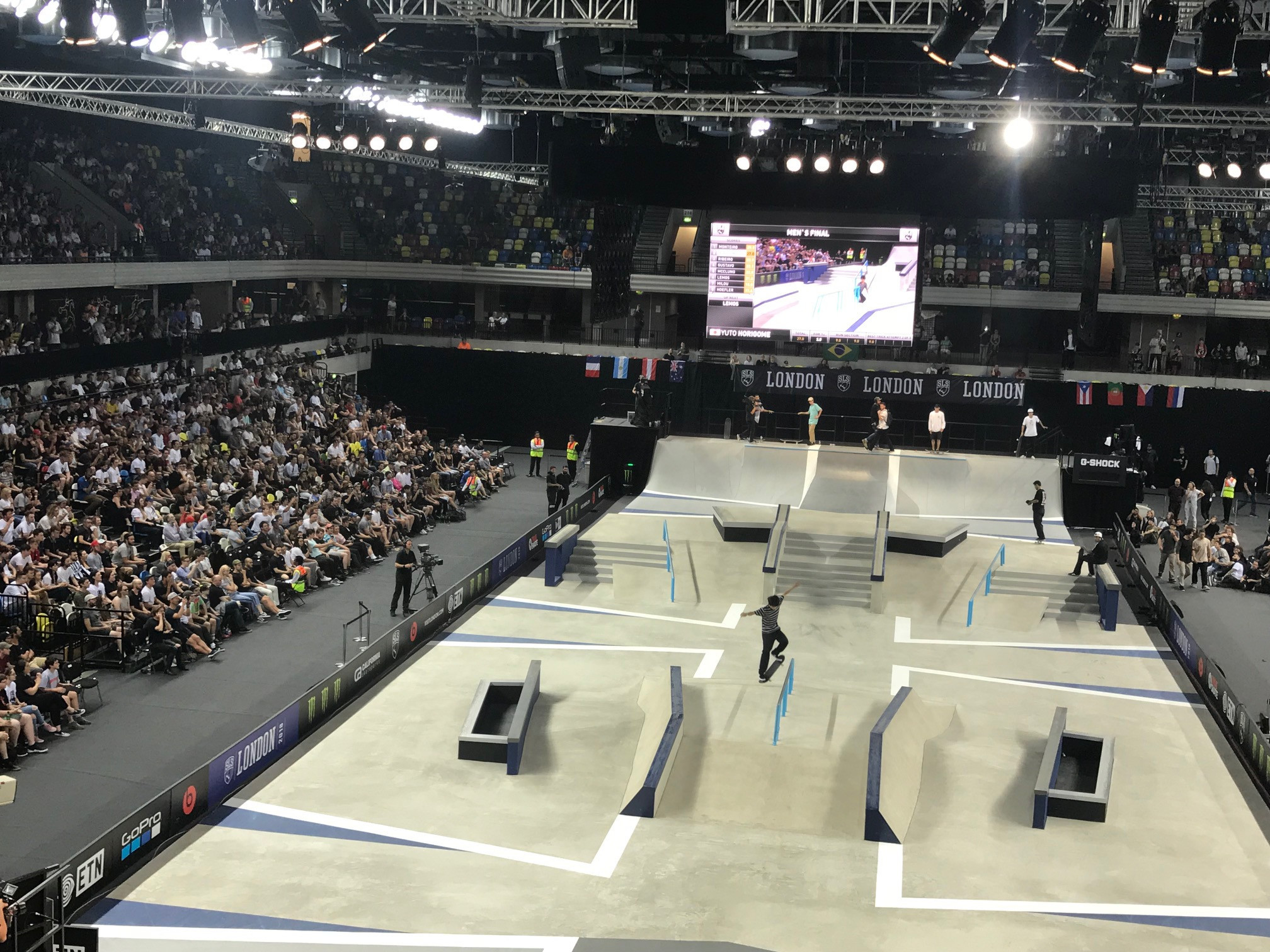 Horigome produces superb display to win men's final at SLS