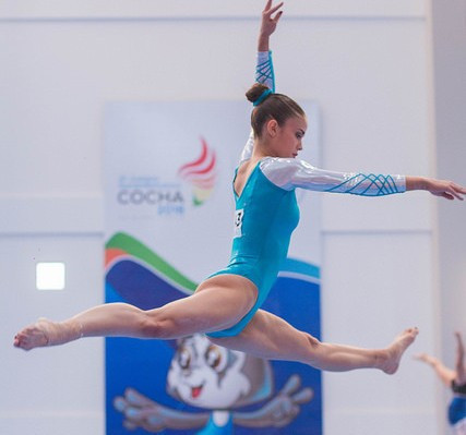 Argentinian teenager dazzles in gymnastics at South American Games