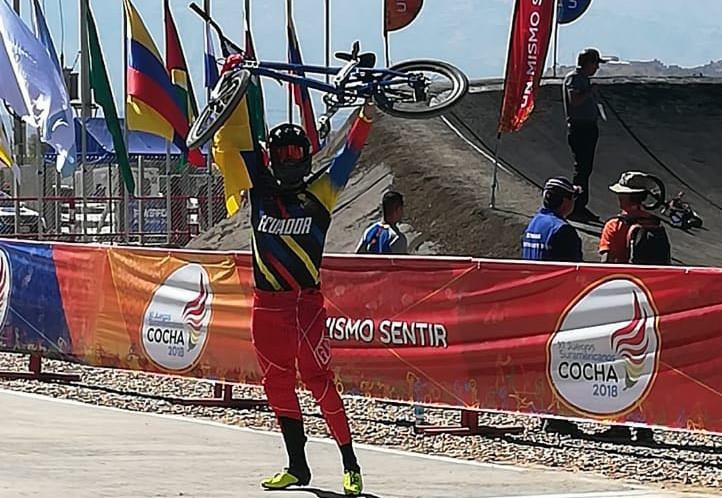 Ecuador celebrated double gold in BMX competition ©Cochabamba 2018