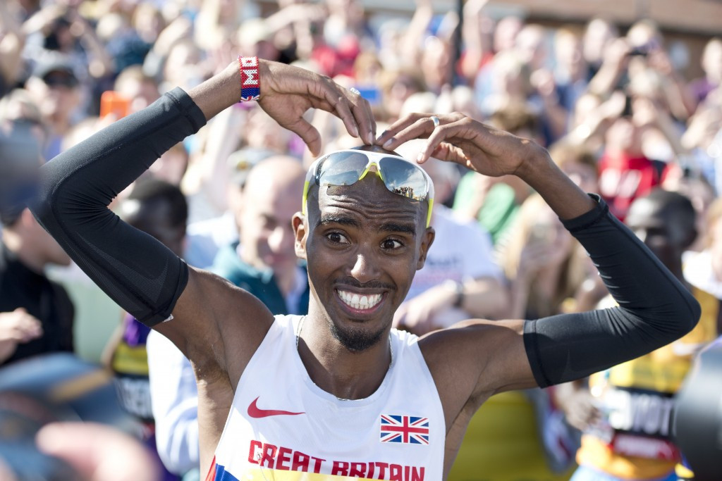 Farah breaks European record as he and Keitany retain Great North Run titles