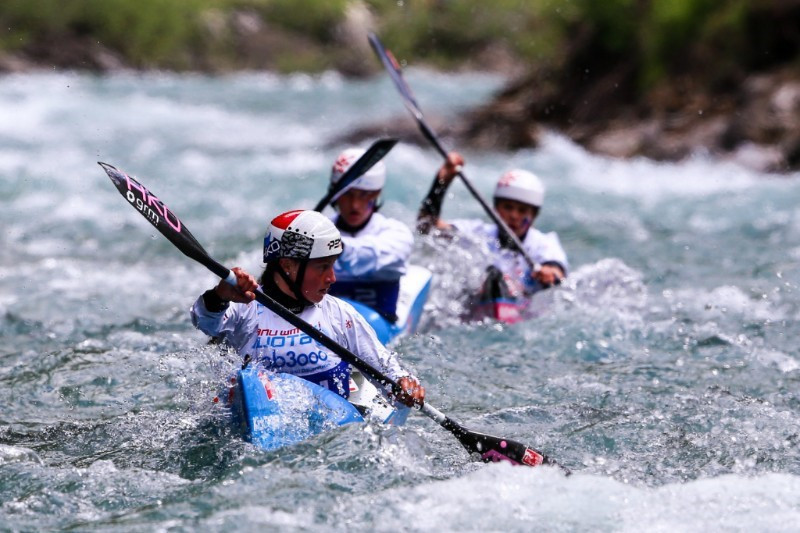 Martina Satkova led the Czech squad to team glory at the ICF Wildwater Canoeing World Championships ©ICF