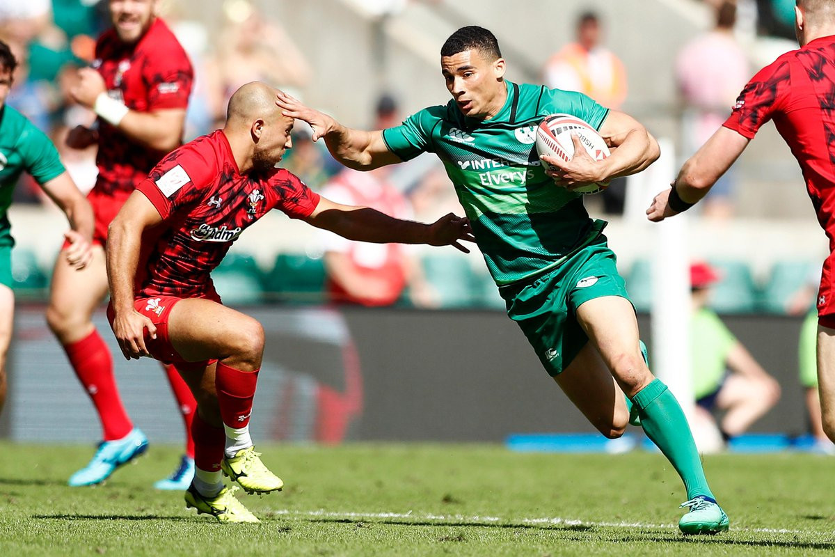 Ireland reach first World Rugby Sevens Cup quarter-final in London