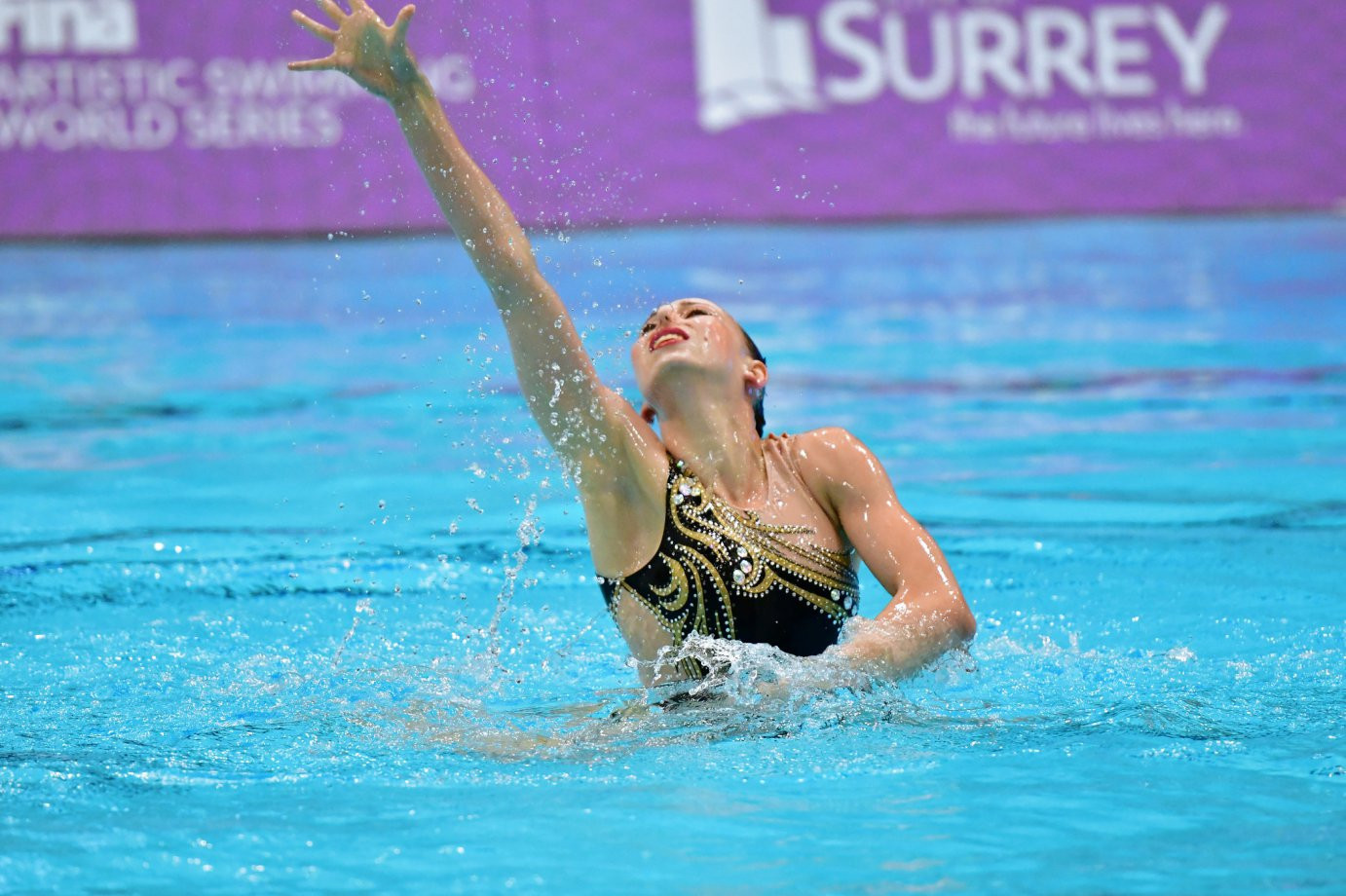 Yelzaveta Yakhno won three medals on the final day of competition ©FINA
