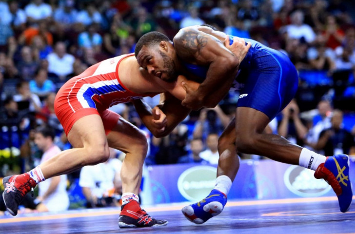 In pictures: 2015 World Wrestling Championships day six of competition