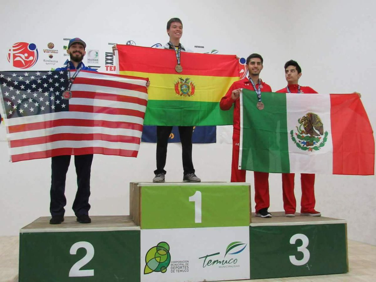 Carlos Keller Vargas ensured home fans went home happy after his gold medal in the racquetball ©Bolivian Embassy in Mexico