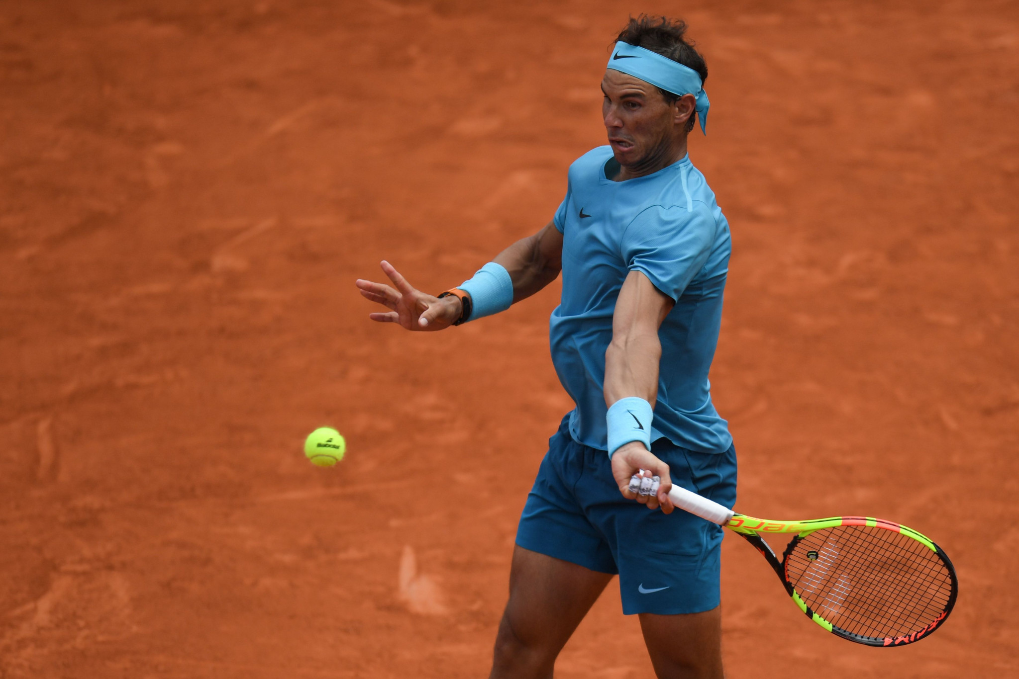 Nadal reaches quarter-finals as Williams withdraws through injury at French Open