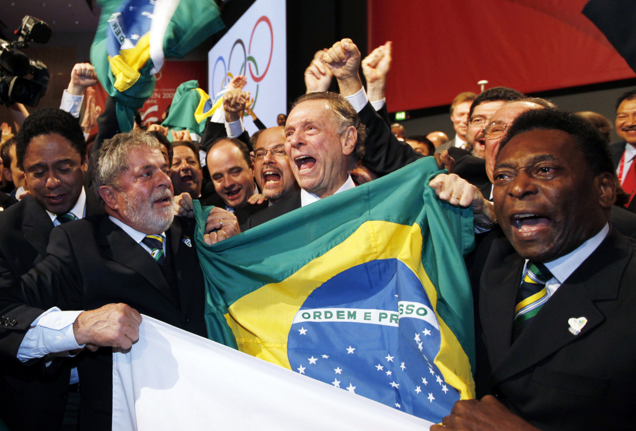 Pelé, right, pictured celebrating with Carlos Nuzman after Rio de Janeiro were awarded the Games ©Getty Images