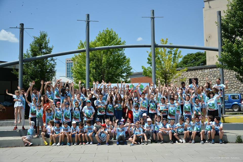Around 100 children celebrated World Sports and Environment Day in Pristina ©Kosovo Olympic Committee