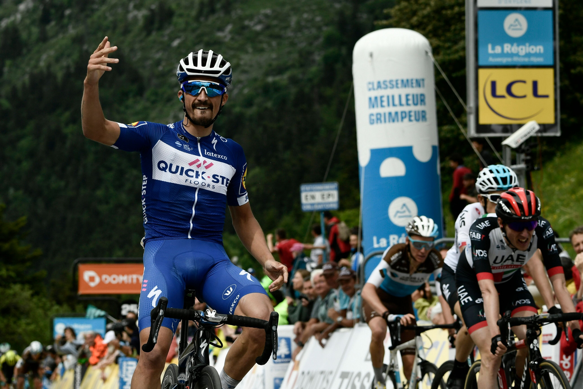 Alaphilippe wins first mountain stage of Critérium du Dauphiné