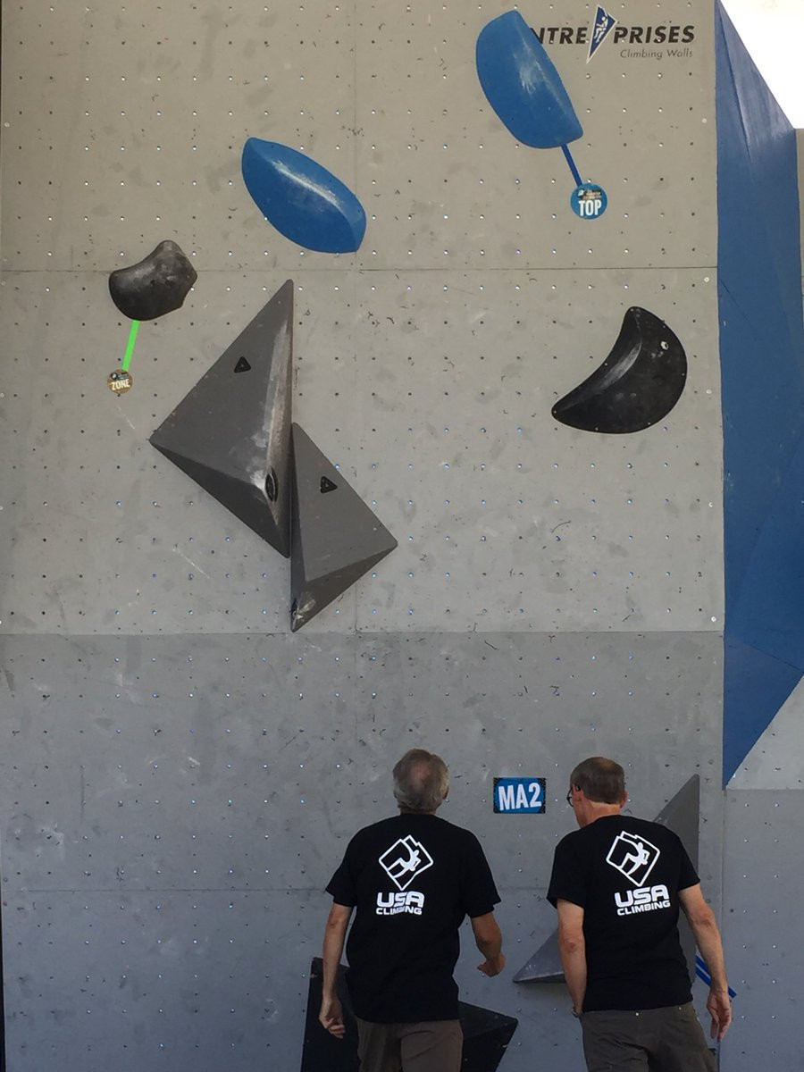 Overall leaders reach semi-finals at IFSC Bouldering World Cup in Vail