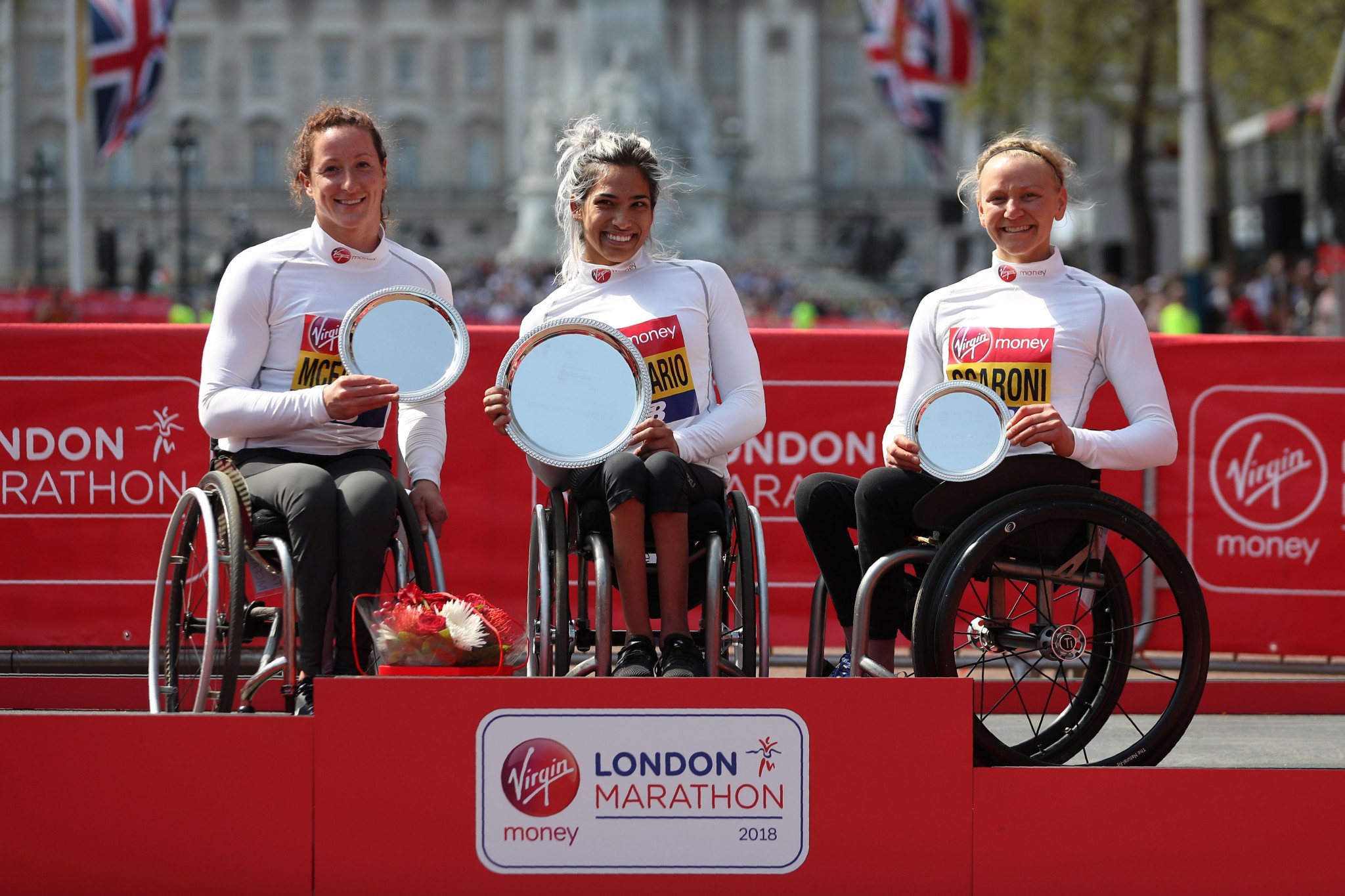 Madison De Rozario,centre, the winner of this year's London Marathon, si one of several top Paralympic athletes to have started their careers at the IWAS World Youth Games ©Getty Images