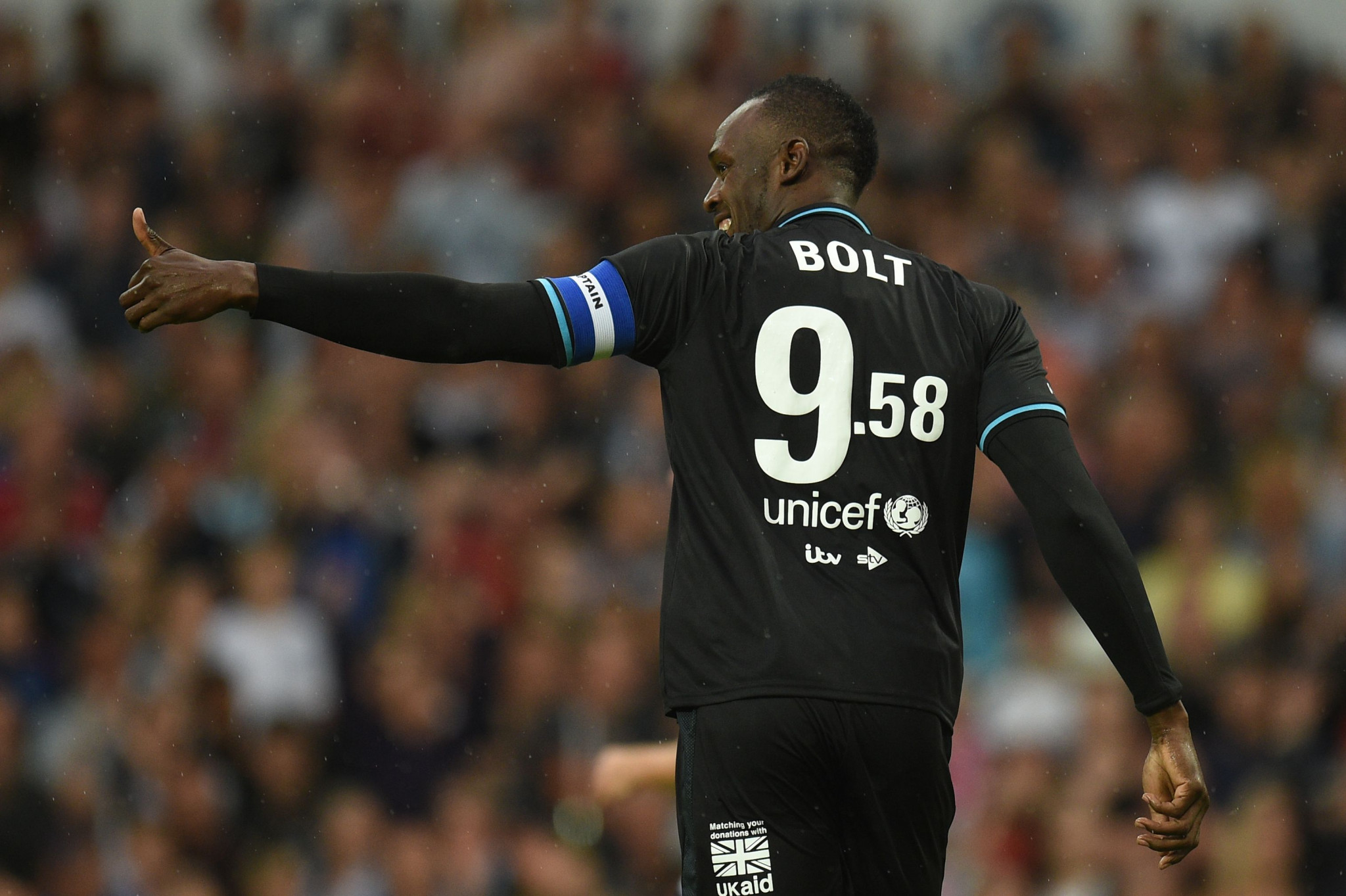 Usain Bolt in action during the Soccer Aid charity match in Manchester ©Getty Images