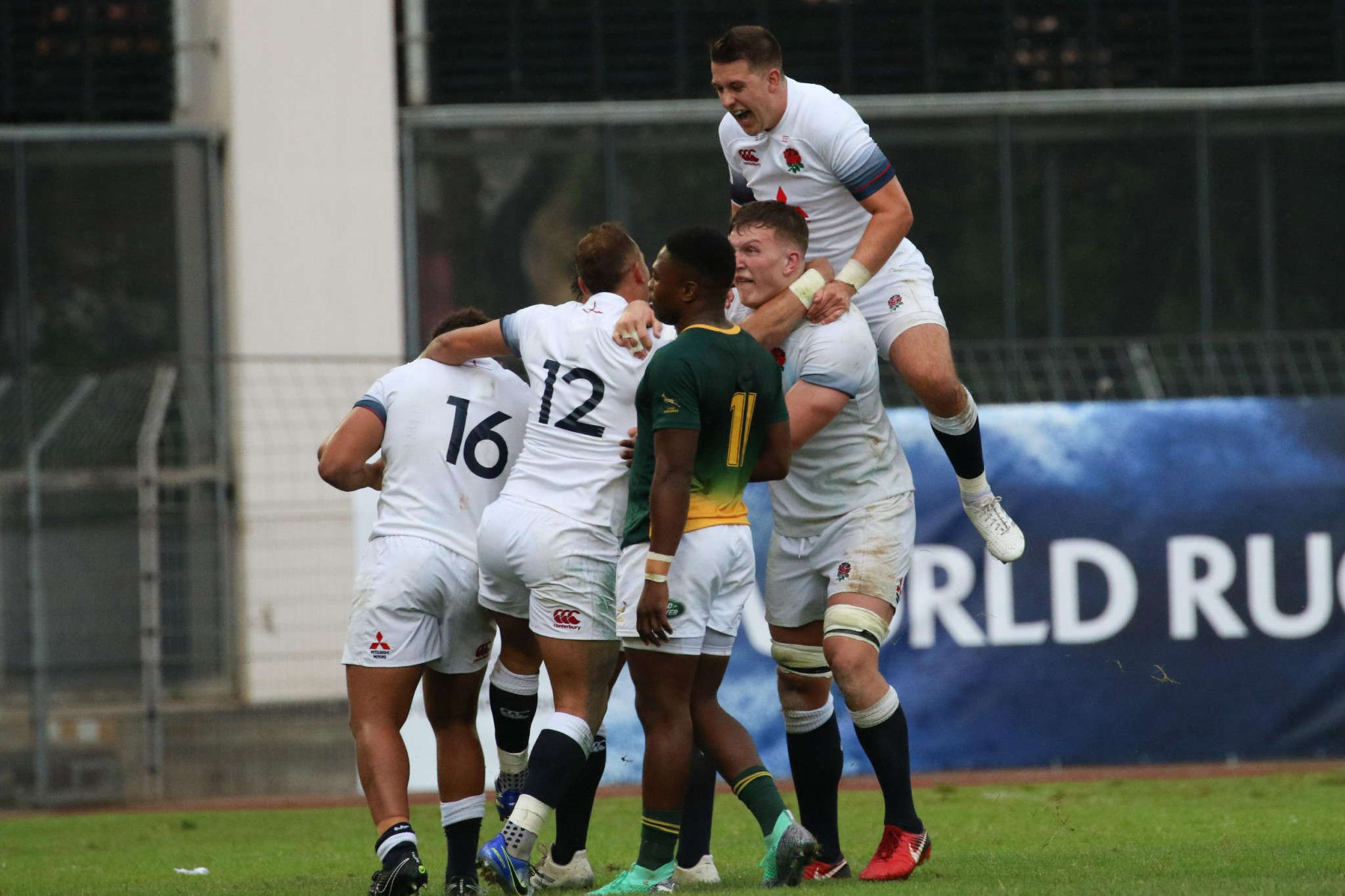 England held on against South Africa to reach their sixth straight final ©World Rugby