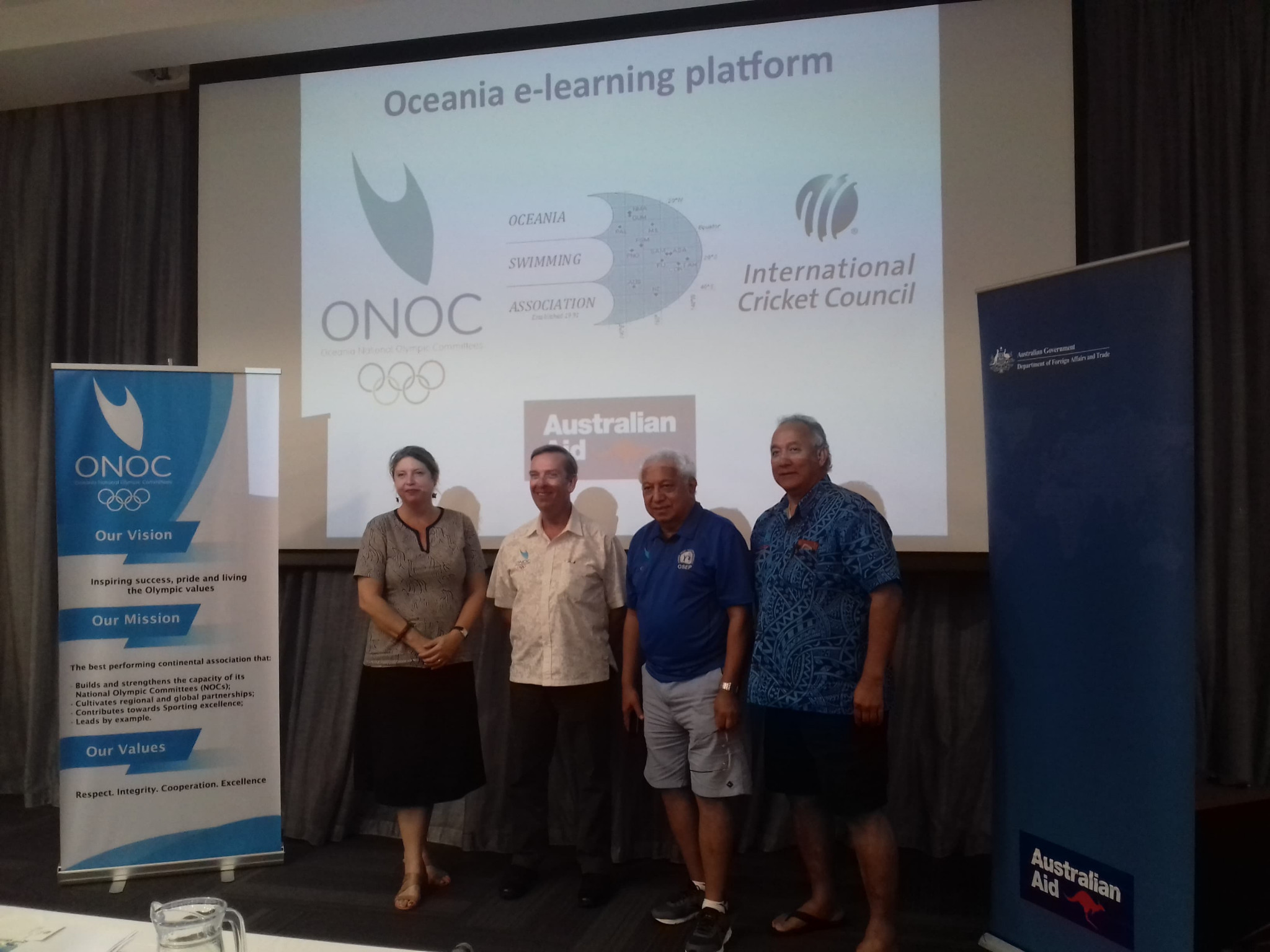 Australian High Commissioner to Samoa Sara Moriarty, left, joined ONOC officials to reveal the platform ©ITG