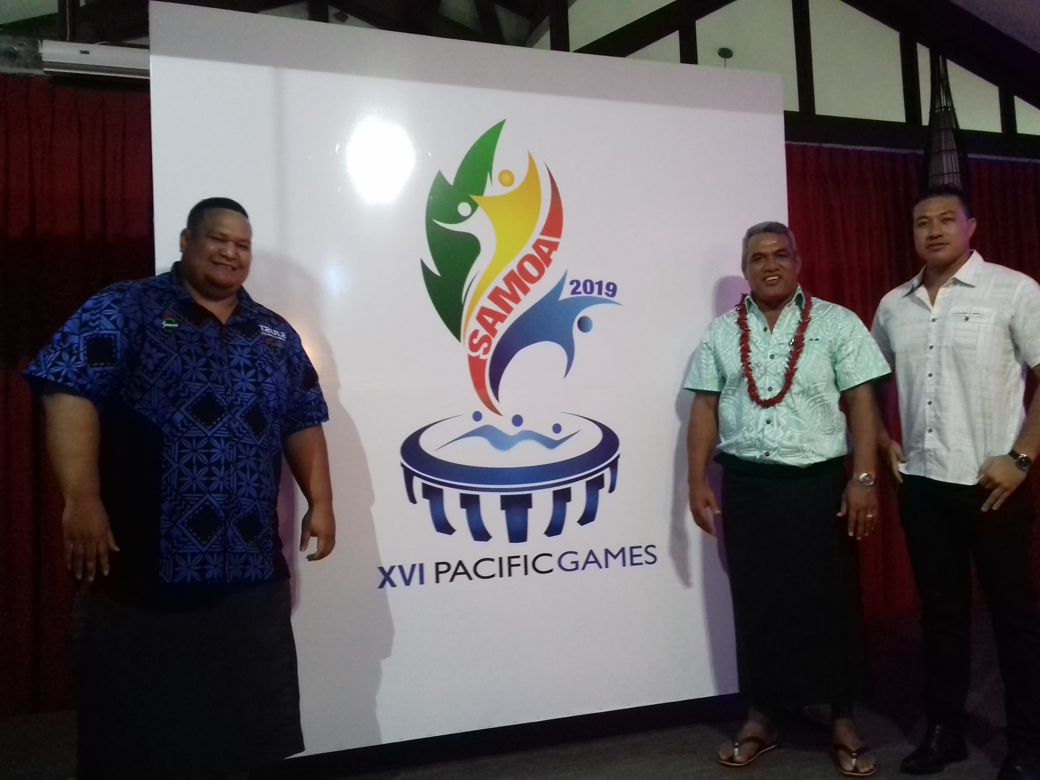 Samoa's Minister of Sport Loau Keneti Sio, centre right, was present to help launch the logo ©ITG