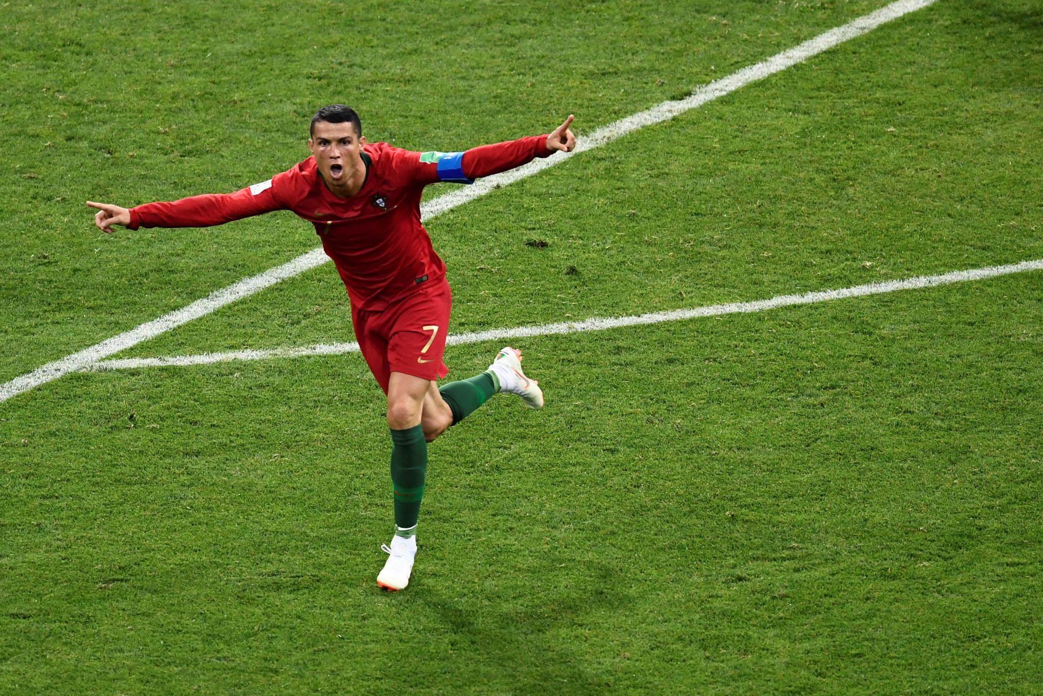 Ronaldo scores hat-trick as Portugal draw with Spain in FIFA World Cup thriller