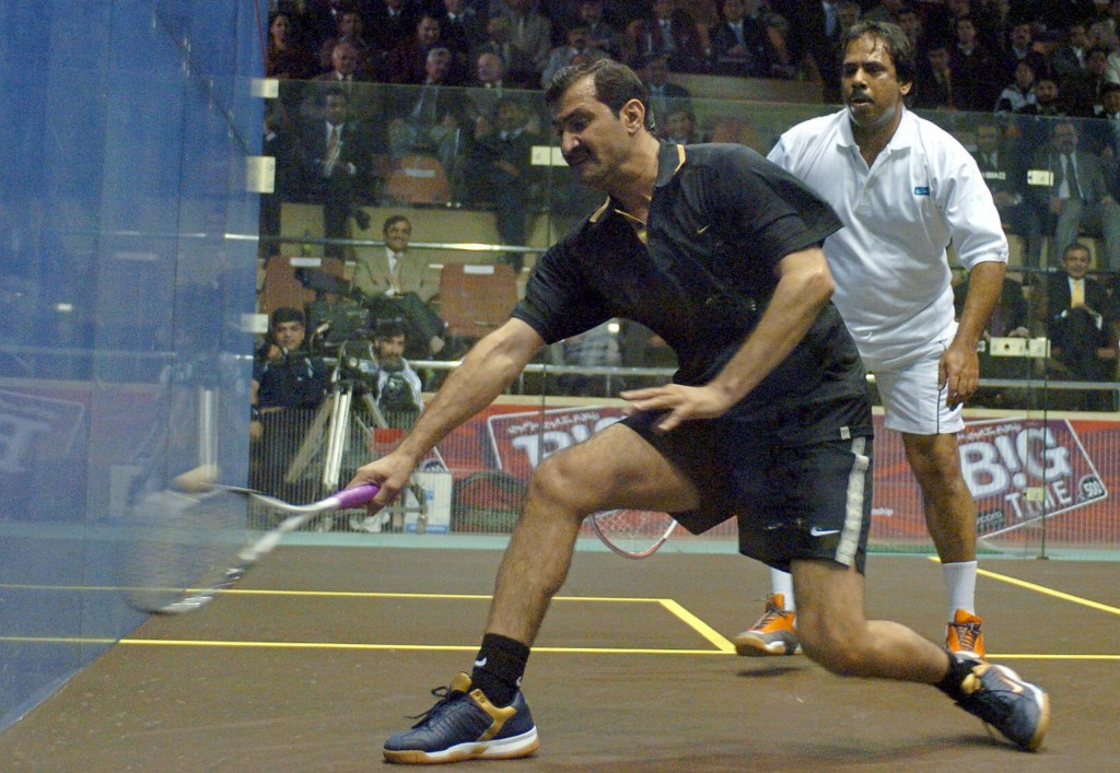 Pakistan's squash legend Jahangir Khan (right) won the tournament during his career