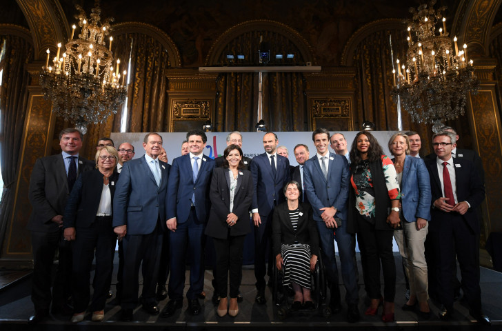 Co-signatories of the joint funding protocol for the Paris 2024 Olympic and Paralympic Games ©Paris 2024