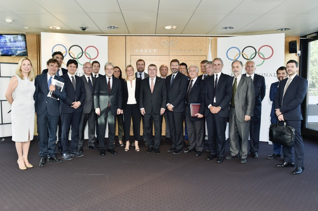 Italy's canoeing and handball federations sign up to back Rome 2024 campaign