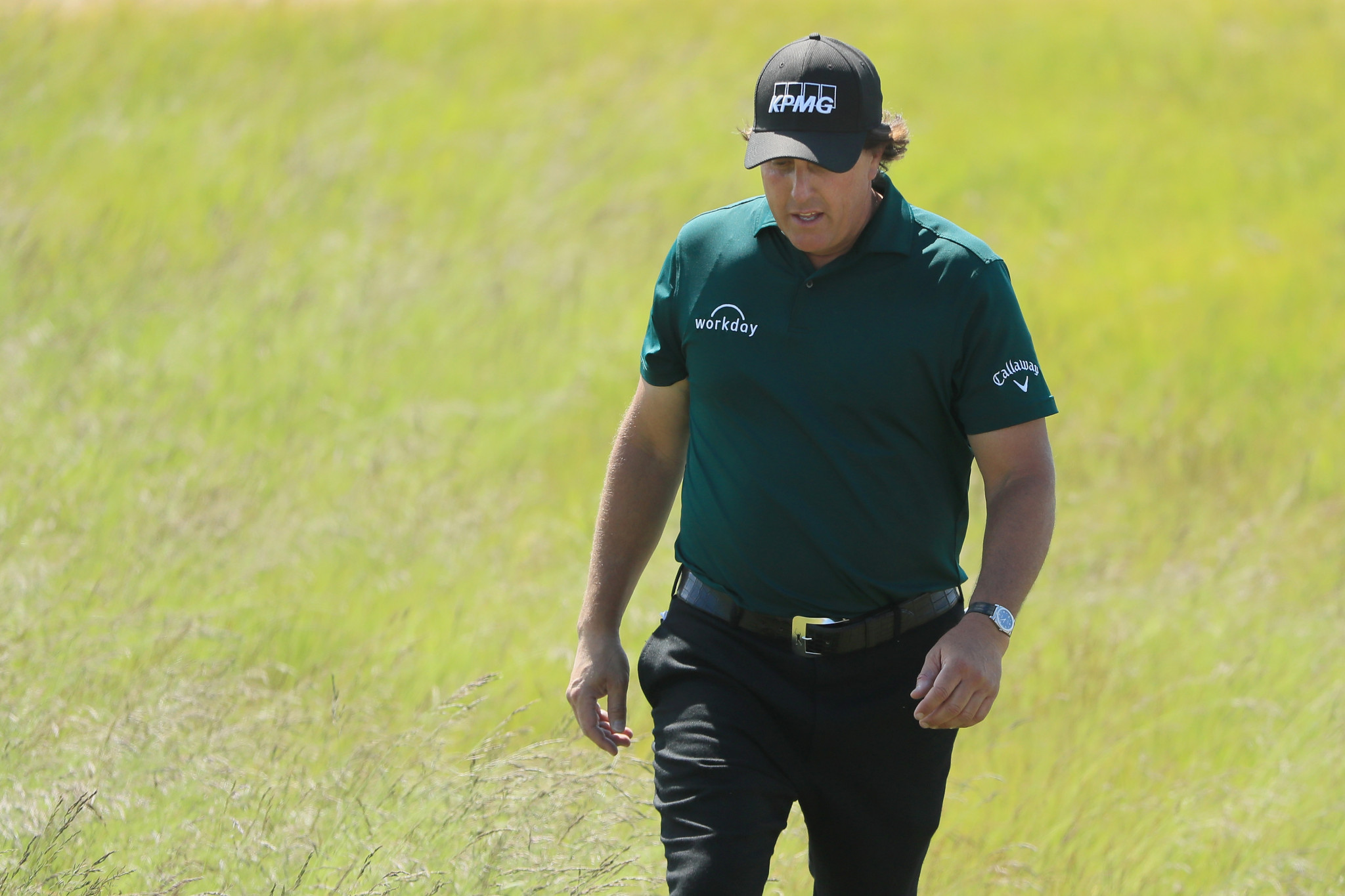 Phil Mickelson caused controversy by hitting his moving ball, leading to a two stroke penalty ©Getty Images