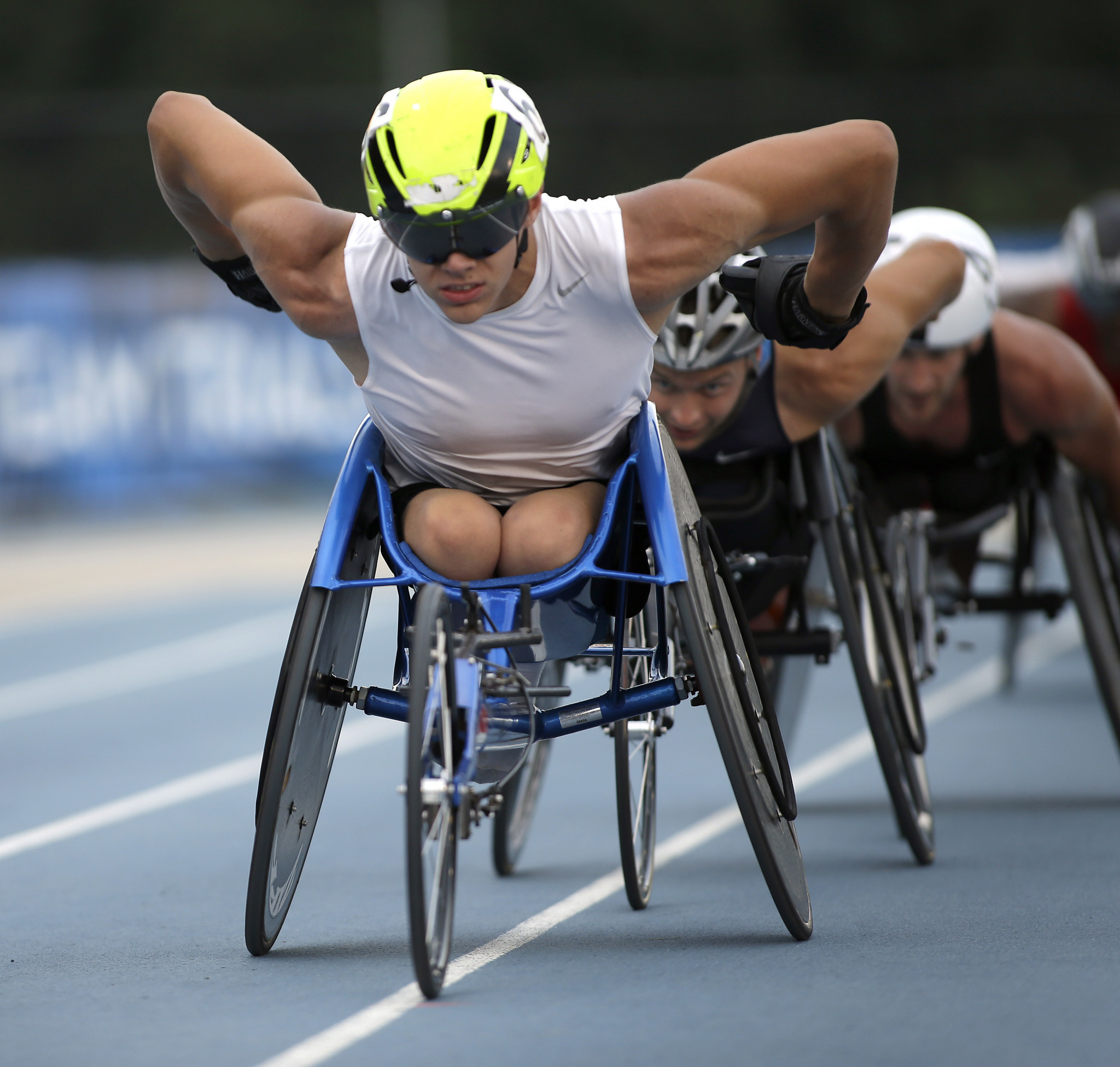 Daniel Romanchuk followed up his T54 800m world record by winning two more titles at the World Para Athletics Grand Prix in Arizona over 400 and 1,500m ©Getty Images