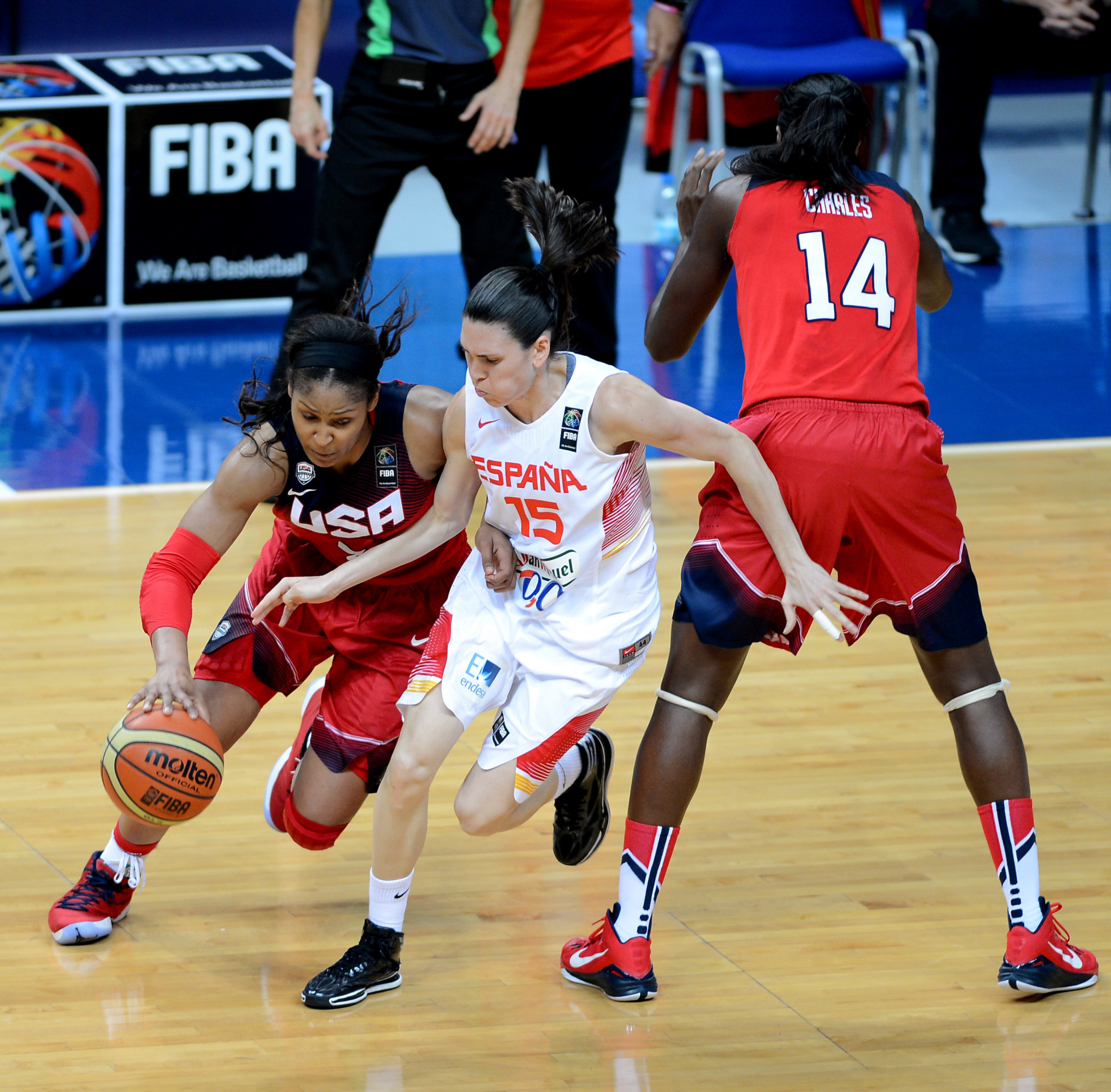 The finalised version of the FIBA women's national team competitions system, which will come into effect in November 2019, has been approved ©Getty Images