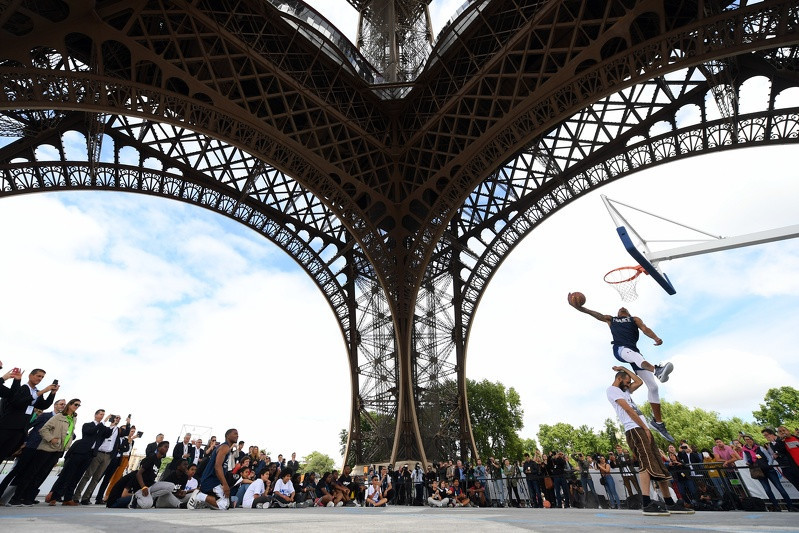 Basketball was the focus at the Eiffel Tower today as Tony Parker was named Paris 2024 education ambassador ©Paris 2024