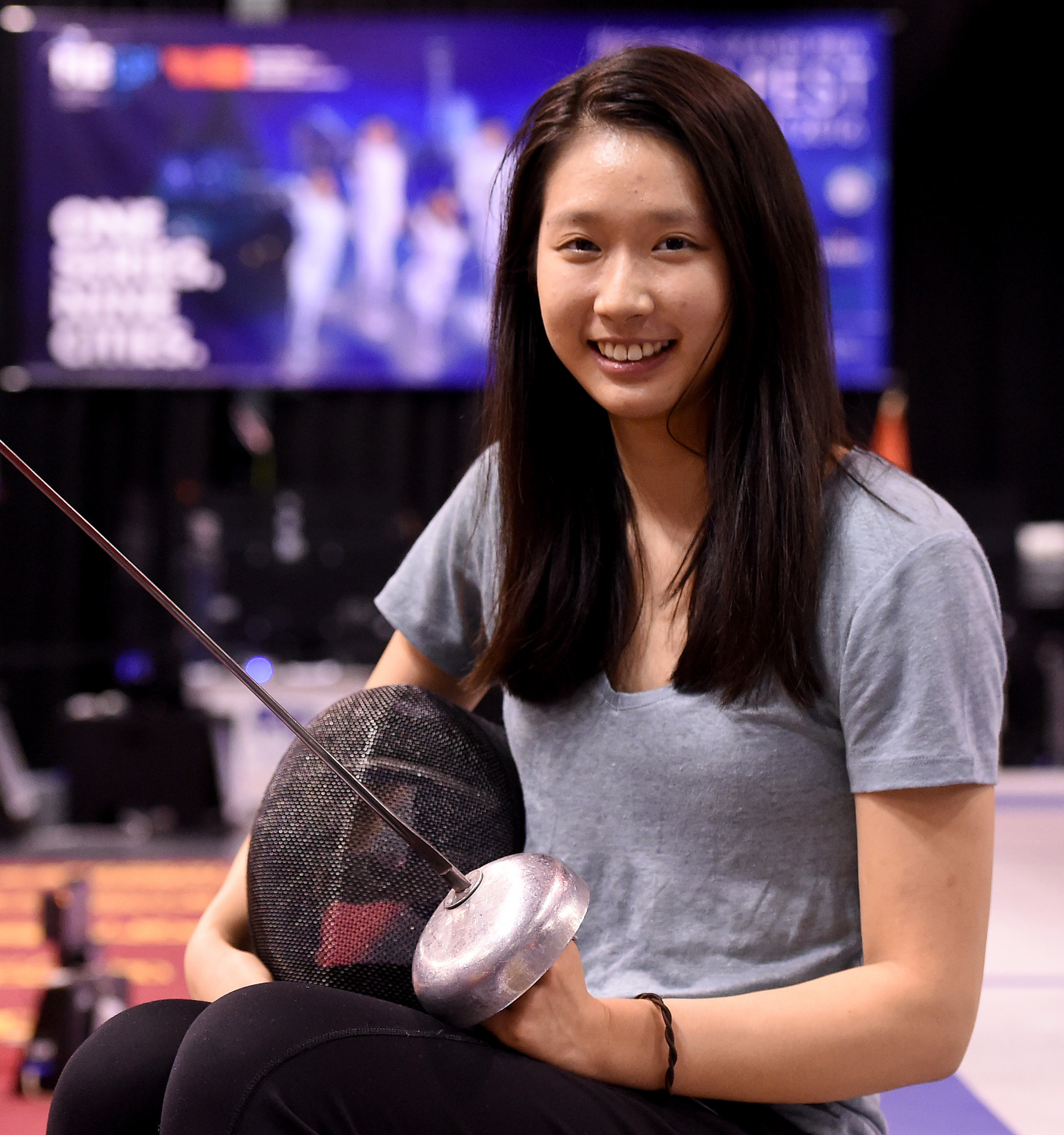 Man Wai Vivian Kong won a tight final at the Asian Championships 10-9 to take the gold in the women's epee ©Getty Images