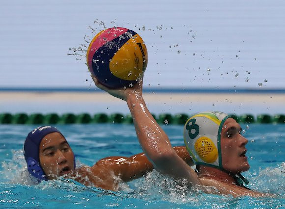 A hugely impressive performance from Aaron Younger helped Australia to an 11-7 win against Japan ©FINA