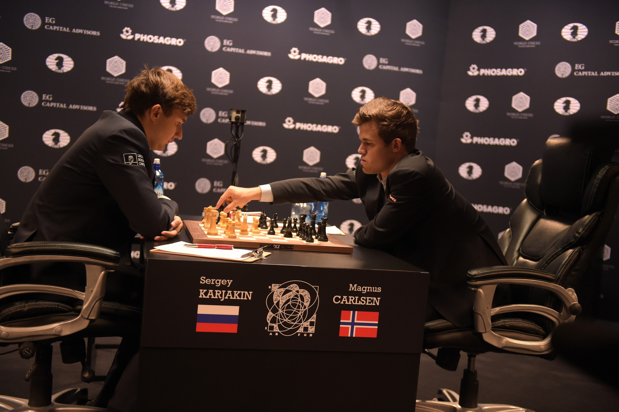 The World Chess Championship,held in New York City in 2016, between Norway's Carlsen Magnus and Russia's Sergey Karjakin had a media reach of 1.5 billion, it has been claimed ©Getty Images