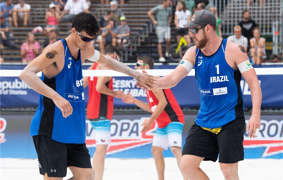 Brazilian dream team make winning debut at FIVB Beach Volleyball World Tour in Ostrava