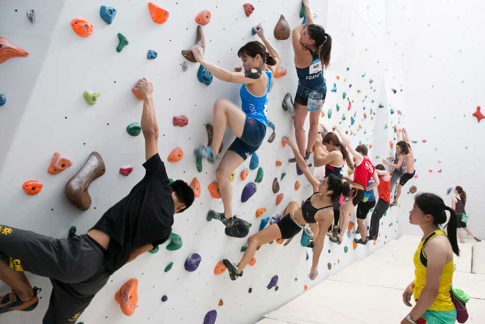 Impressive second run sees Grupper qualify for final at World University Sport Climbing Championships