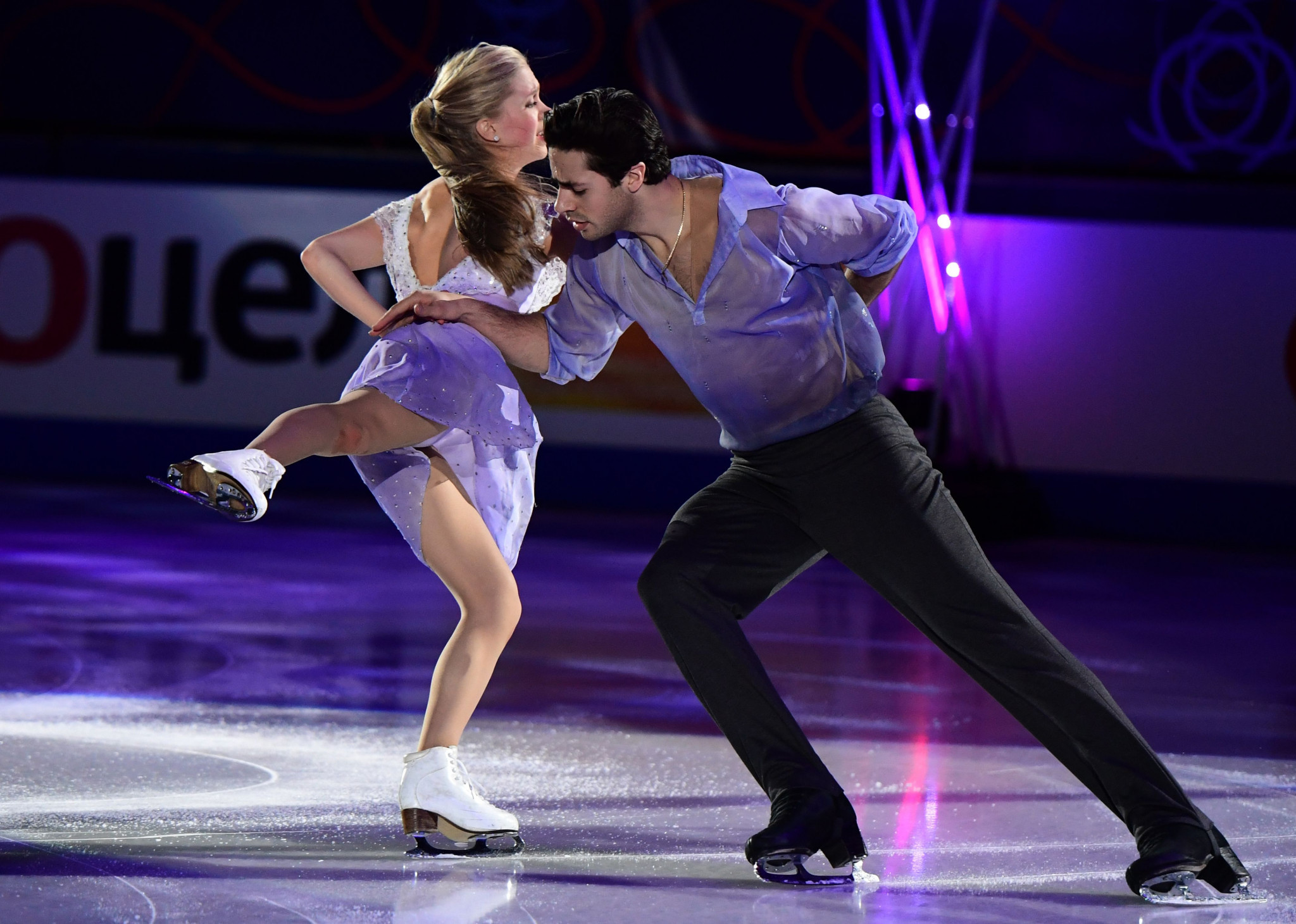 World Championship medallists Poje and Weaver to skip ISU Grand Prix of Figure Skating season
