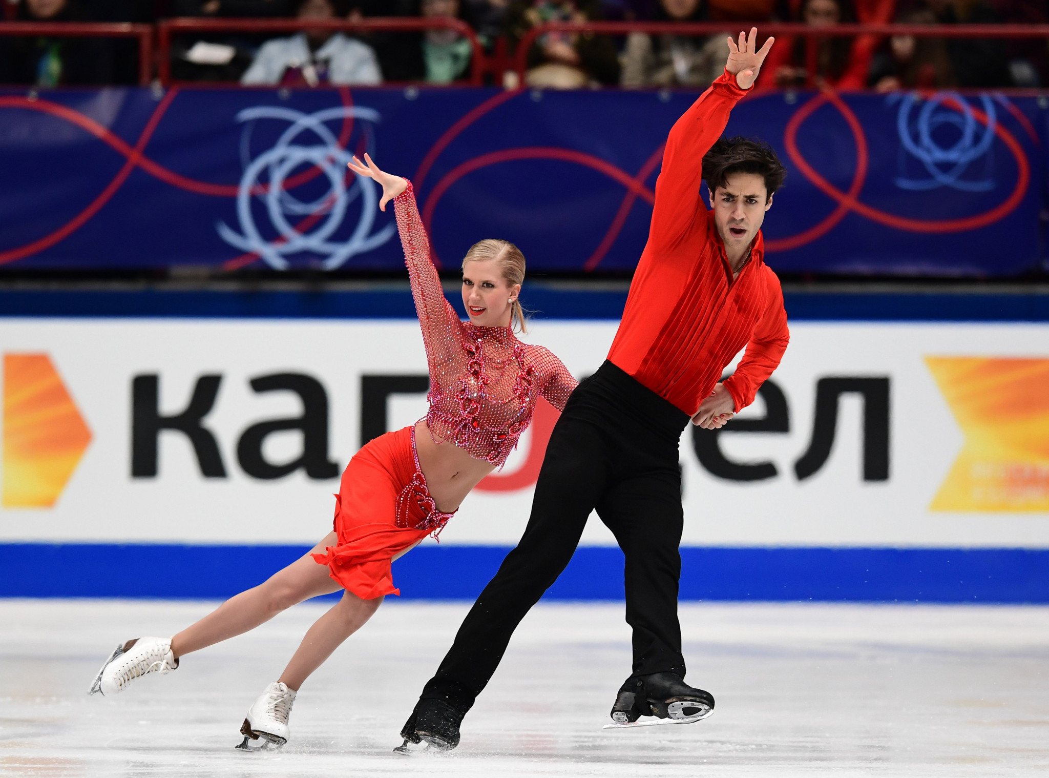 Andrew Poje and Kaitlyn Weaver won World Championship bronze in Milan in March ©Getty Images