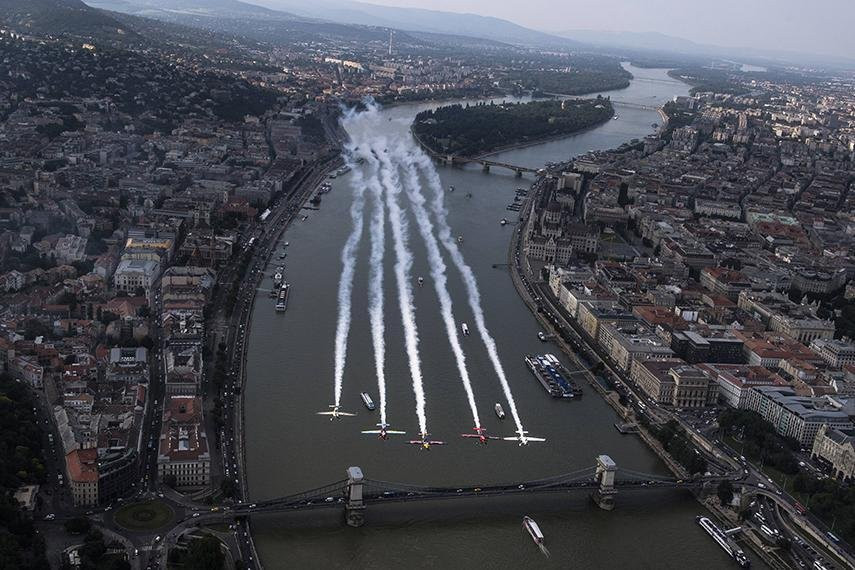 Red Bull Air Race World Championship moves to Budapest