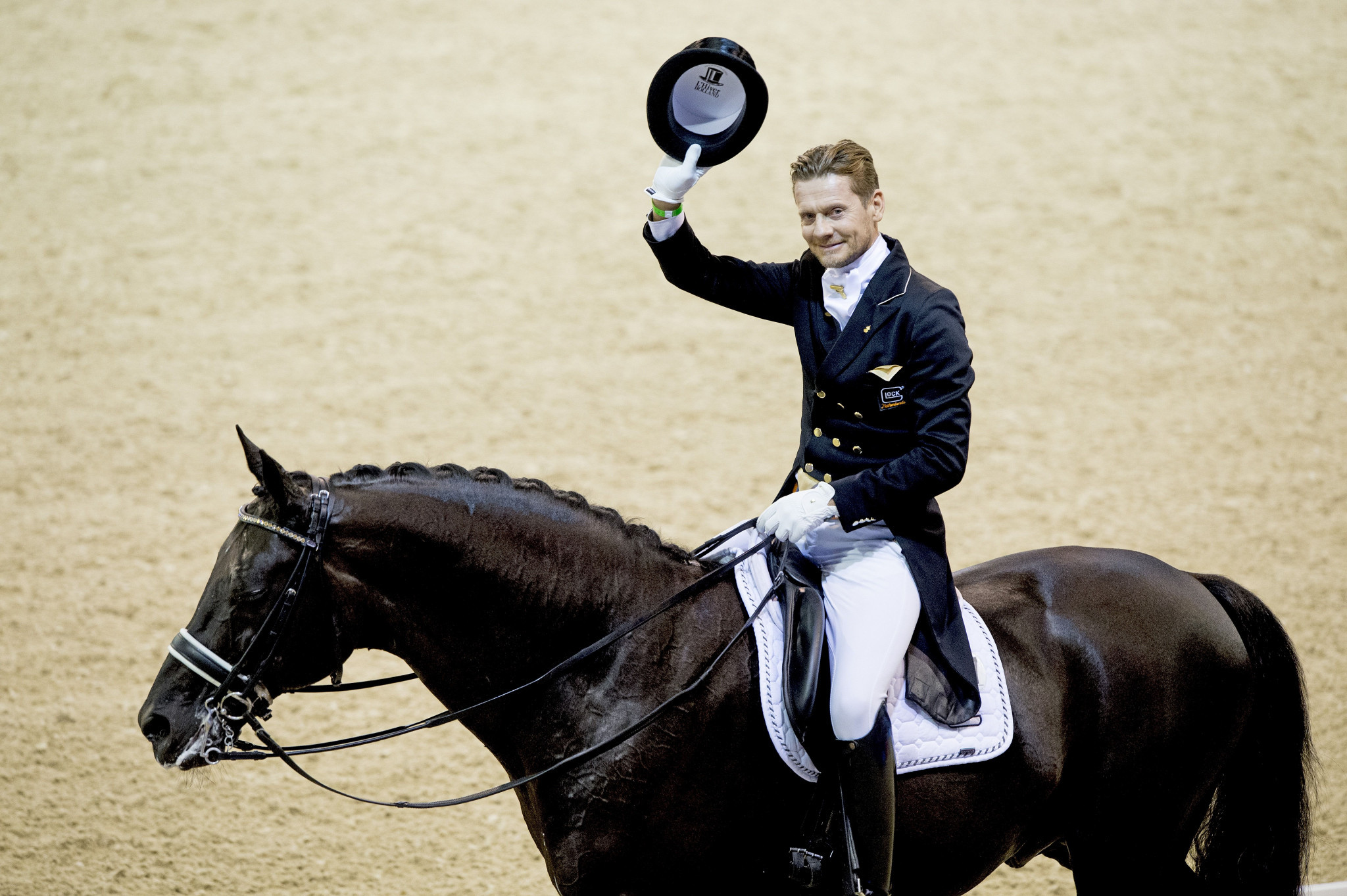 Gal delights home crowd with another FEI Grand Prix win in Rotterdam
