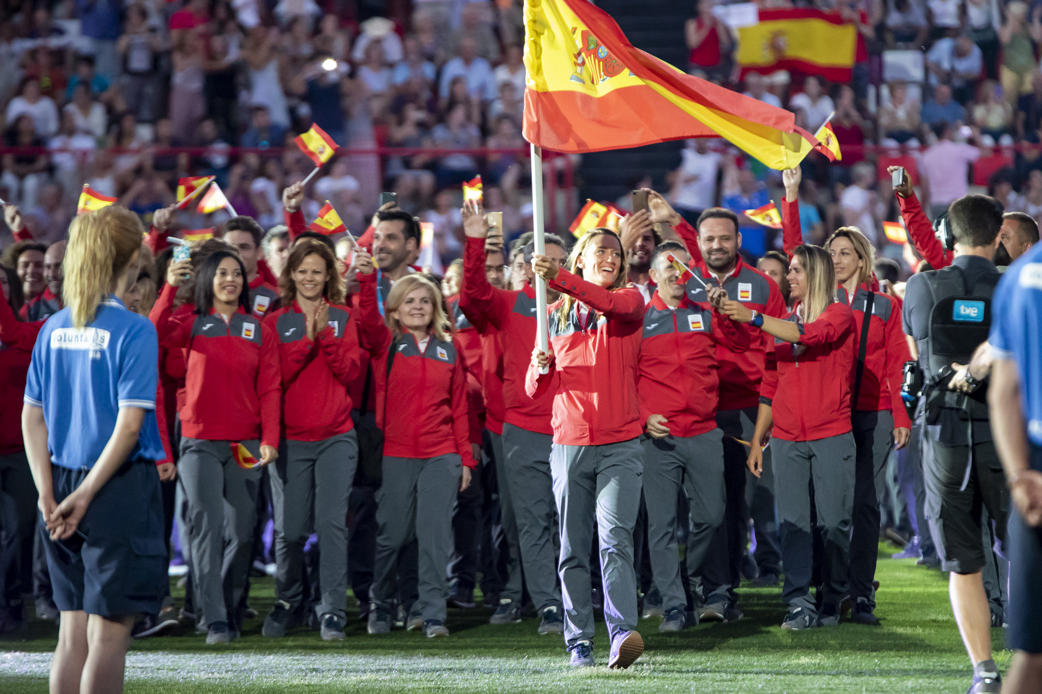 The Spanish team entering the Stadium ©Tarragona 2018