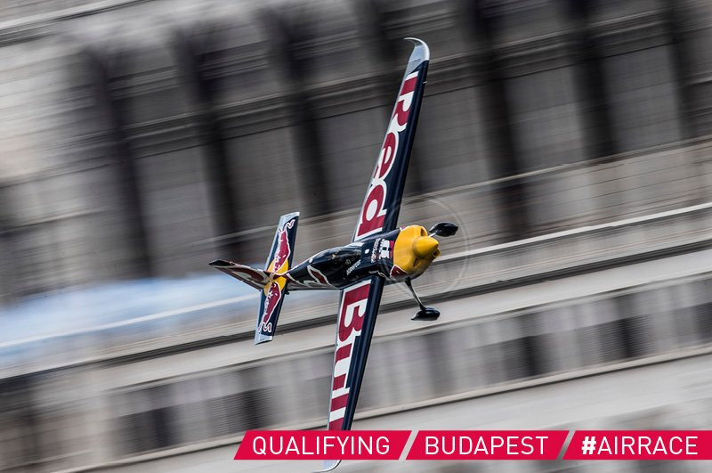Sonka tops qualification at Red Bull Air Race World Championship in Budapest