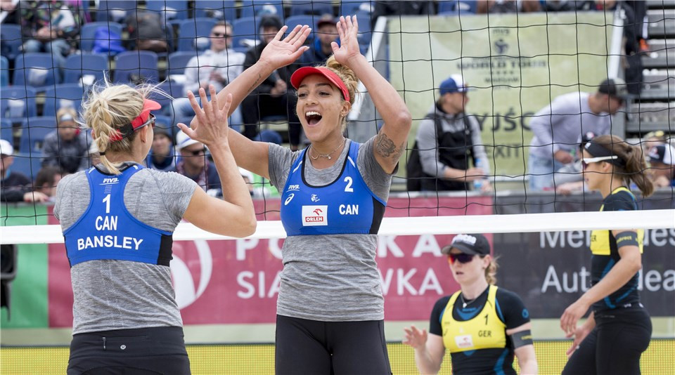 Canada's pairing of Heather Bansley and Brandie Wilkerson won the women's event, taking the final comfortably  21-17, 21-17 ©FIVB