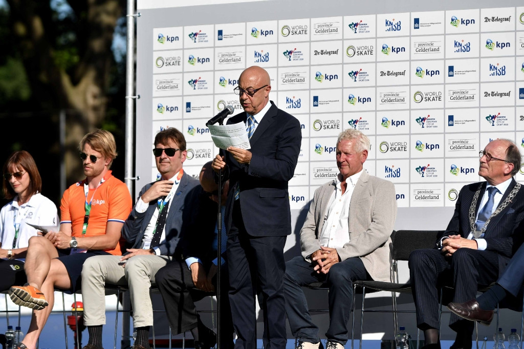 Sabatino Aracu speaks at the Opening Ceremony of the event ©World Skate